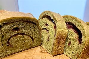 緑茶あんパン